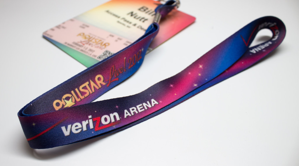 customized-multi-colors-edge-to-edge-lanyard-printing-in-uae-dubai